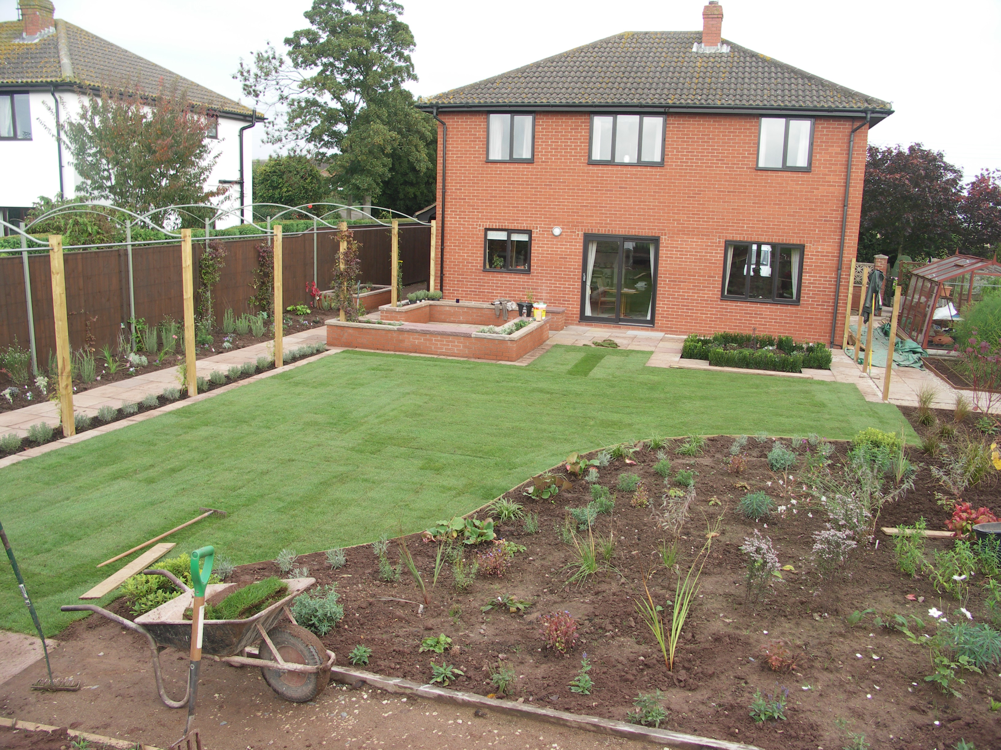 Gardens sorted major garden installation ross on wye for Hard landscaping